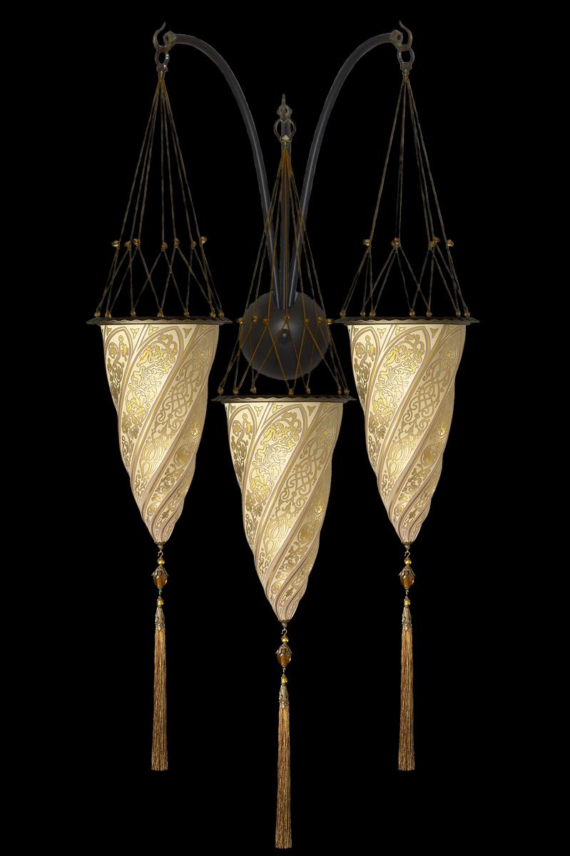 Glass Cesendello triple arc wall